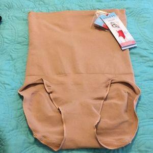 NWT SPANX high waist panty firmer